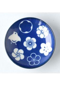 Porcelain chopstick rest chidori ume