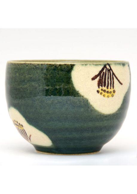 Ippukuwan teacup tsubaki
