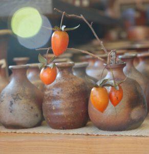 W galerii przy pracowni bizenyaki - galazka z drzewa kaki
